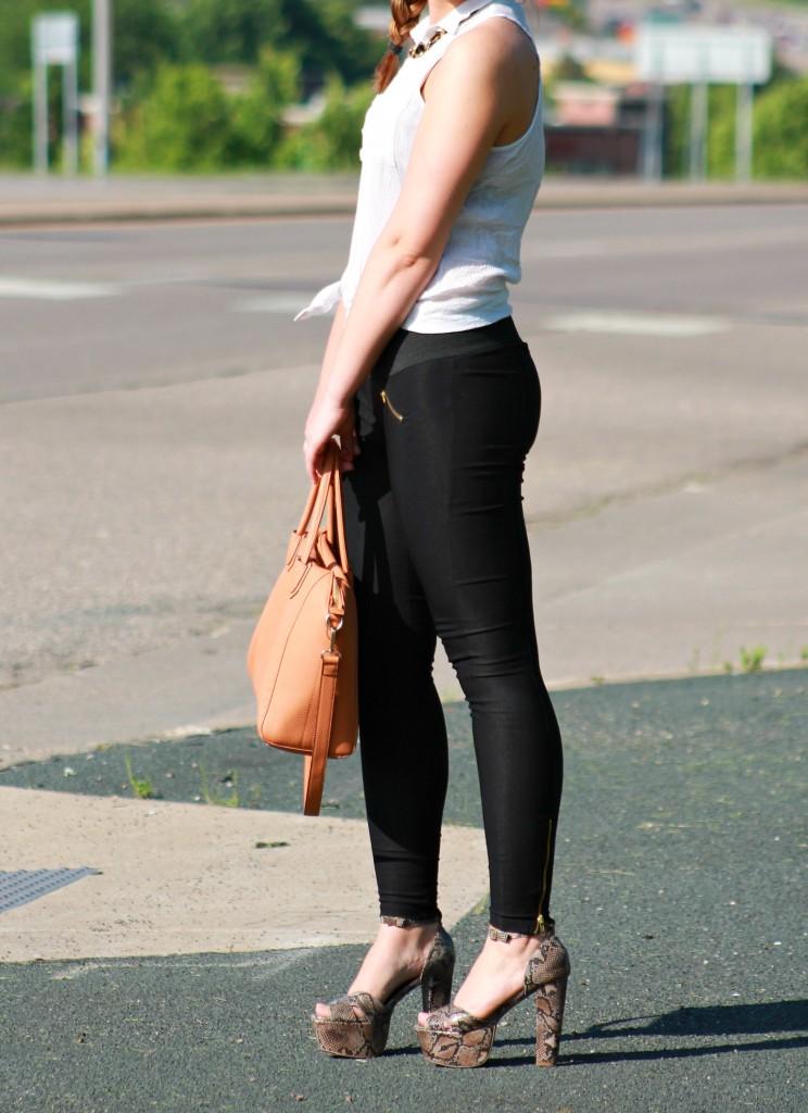 chunky heels 8