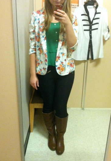 floral blazer and green top outfit