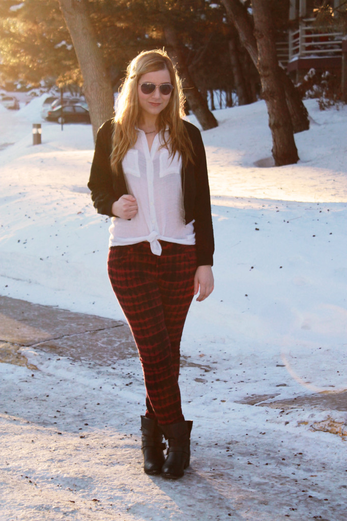 Patterned pants and booties