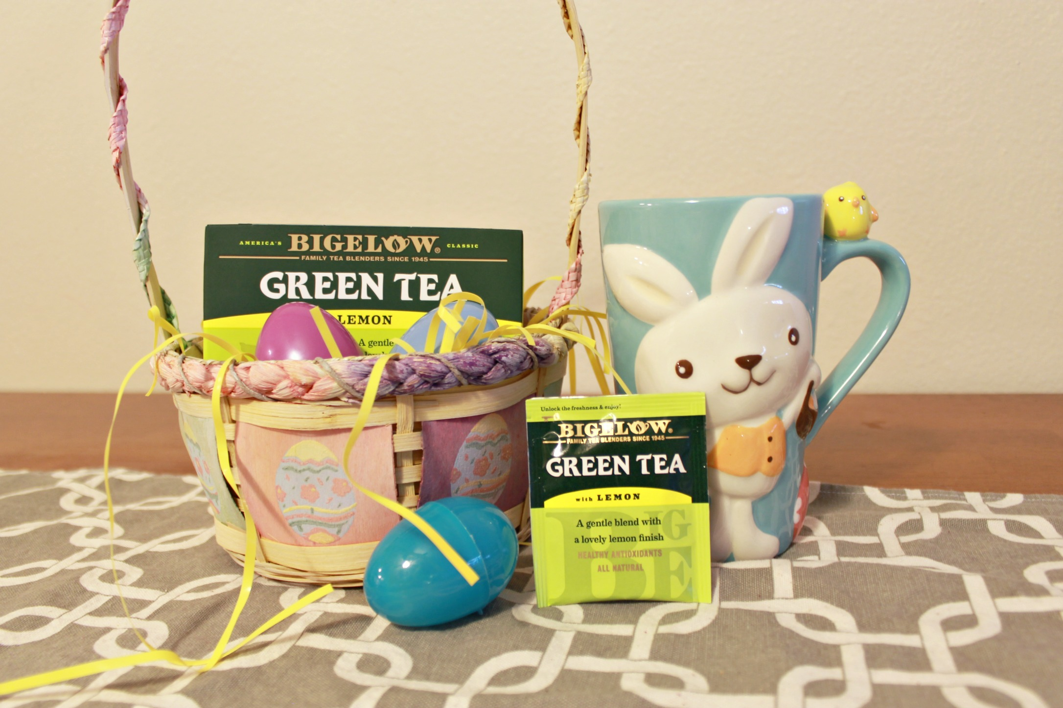 Healthy easter basket with bigelow tea rachels lookbook bigelow tea easter basket shop trendtea collectivebias negle Image collections