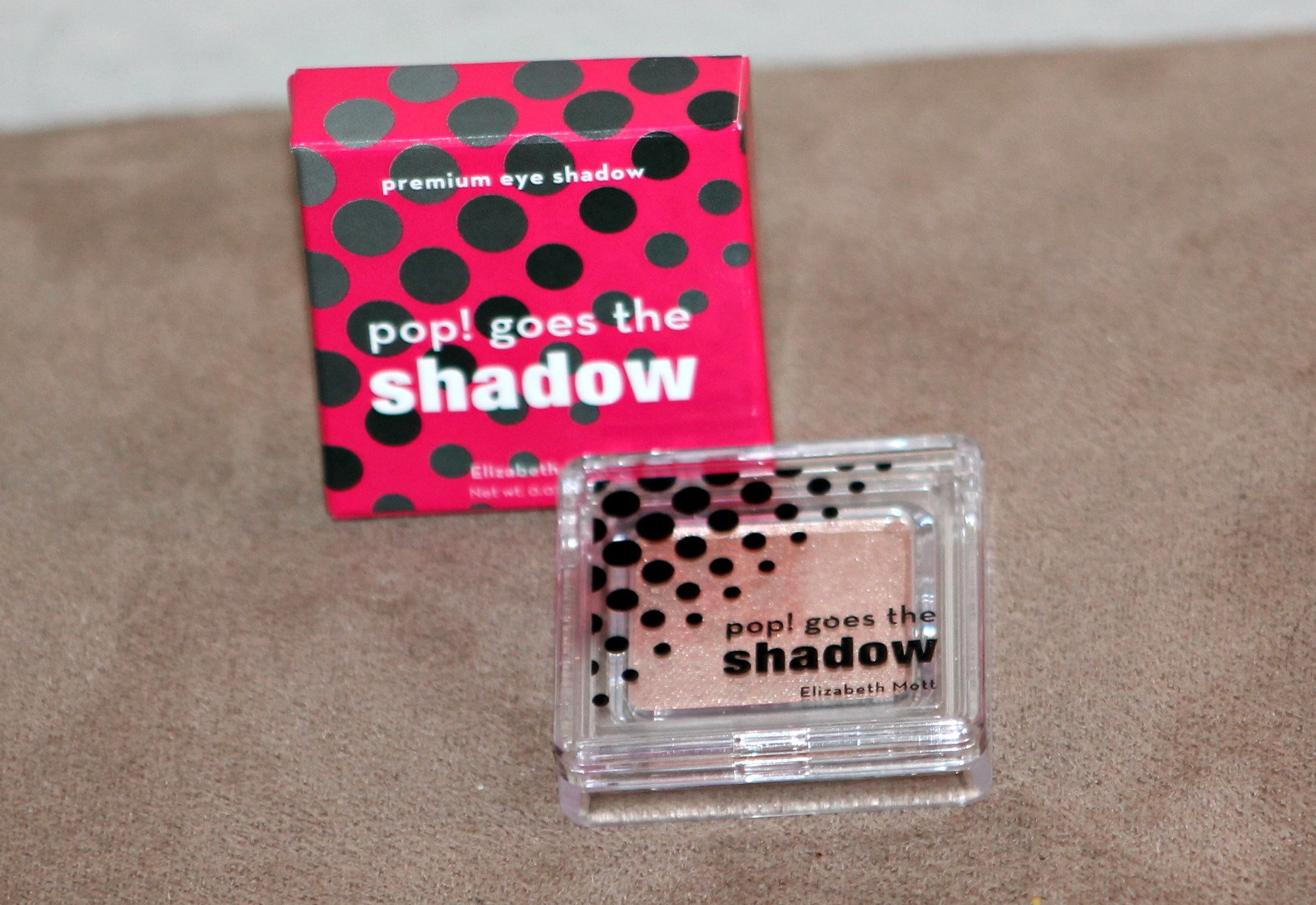 Elizabeth Mott Pop! Goes the Shadow Ipsy Glam Bag April 2014 Review