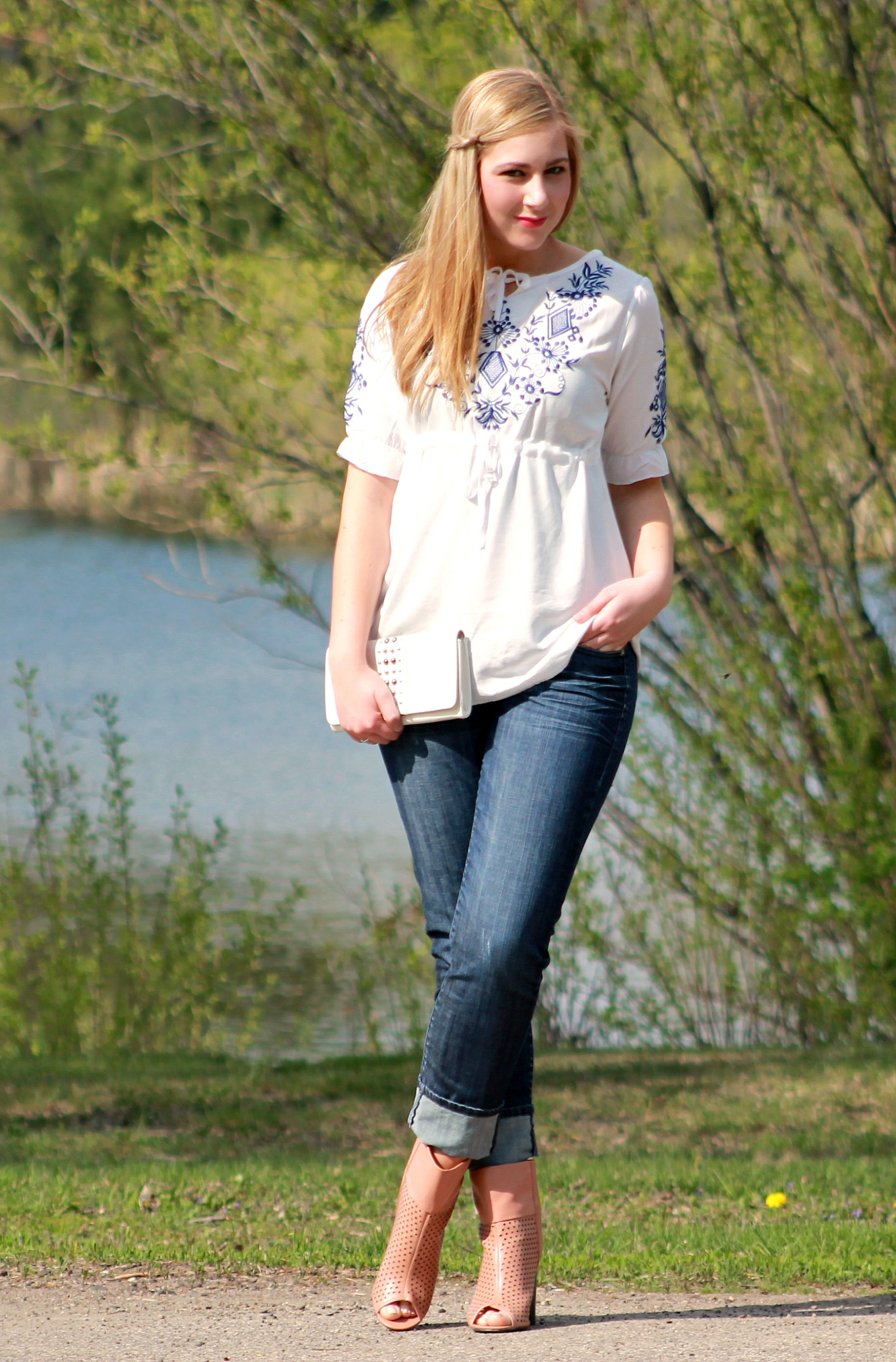 White Top + Cuffed Jeans + Open Toe Booties