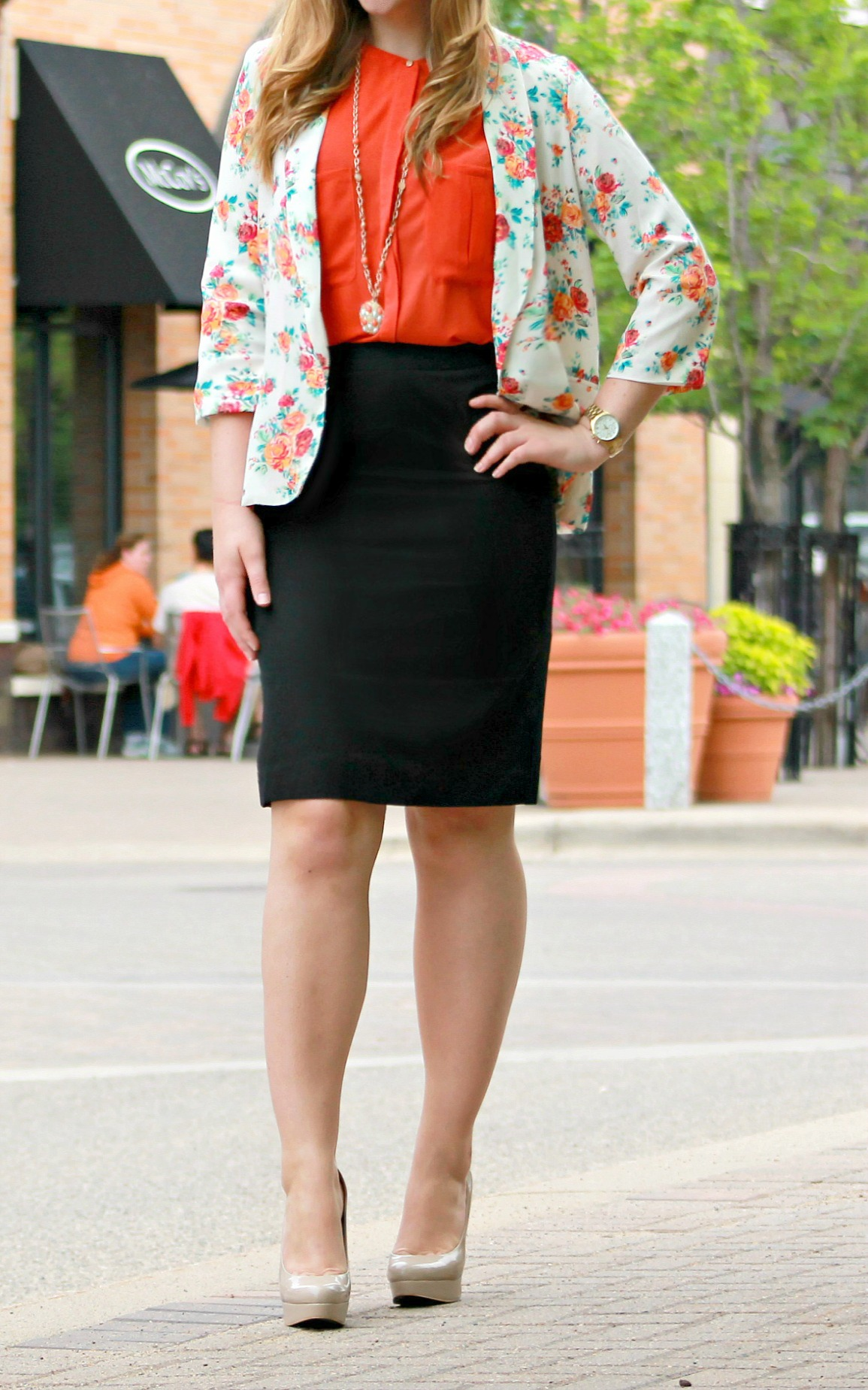 Floral-Blazer-at-the-Office