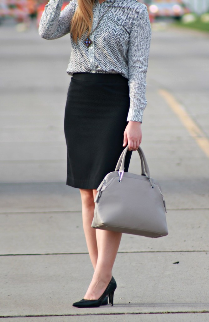 Gray Handbag + Black heels