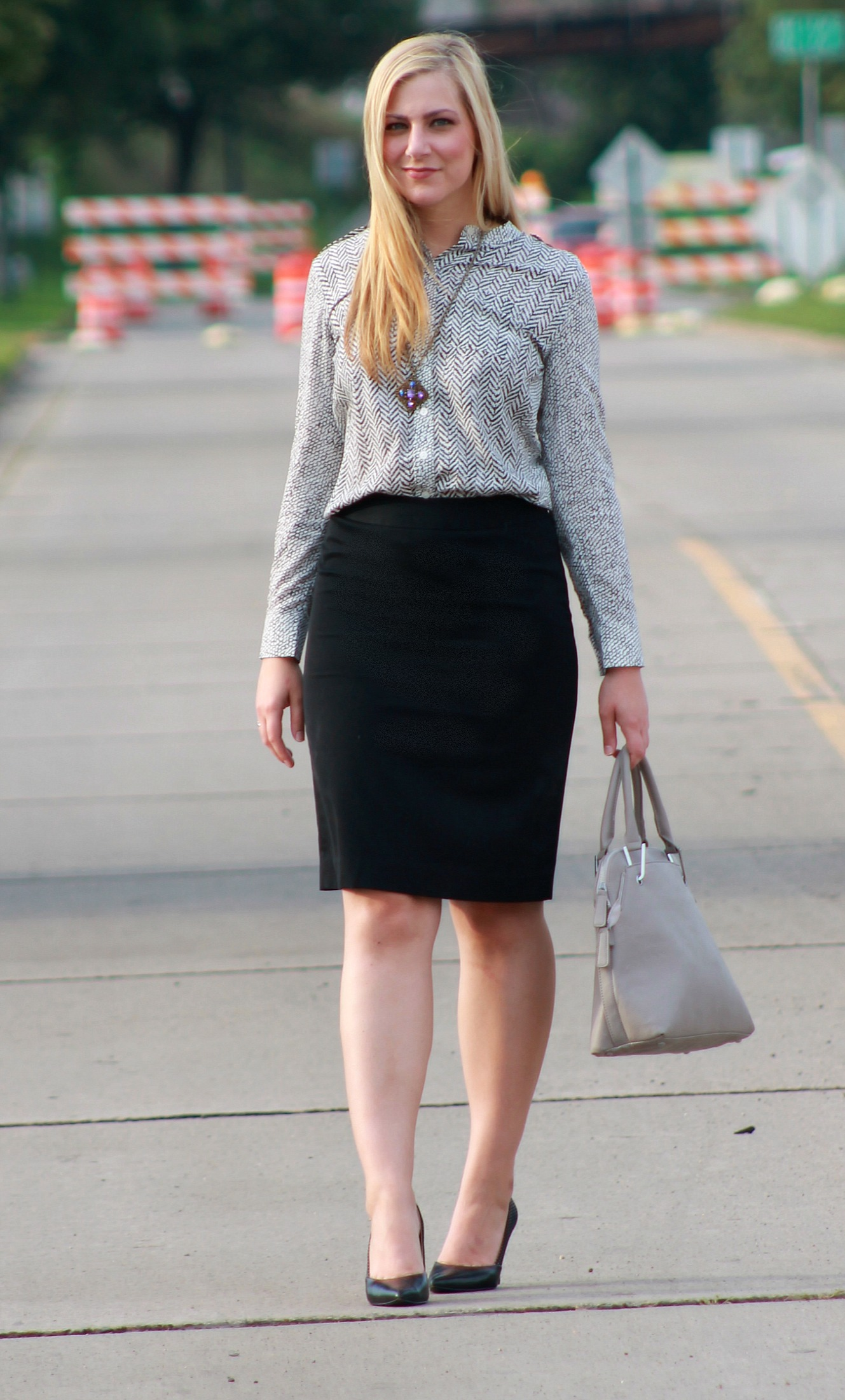 thrifted neutral work style rachel s lookbook to pizza luce for dinner which is nearby one of my favorite goodwill locations we went thrifting after dinner and i found this neutral military style