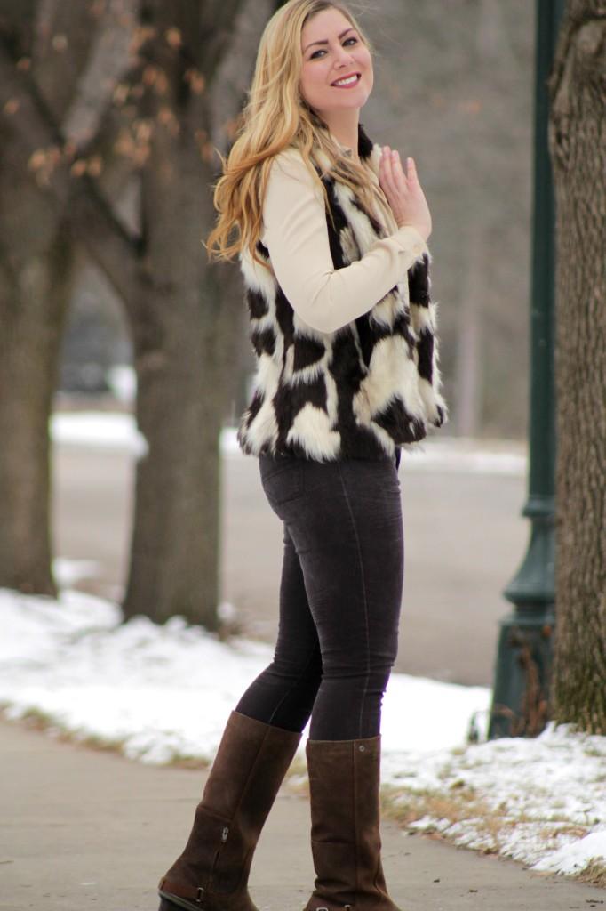 how to wear a multicolor faux fur vest