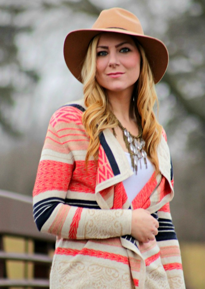 weekend-style-patterned-wrap-statement-necklace-+-hat-682x1024