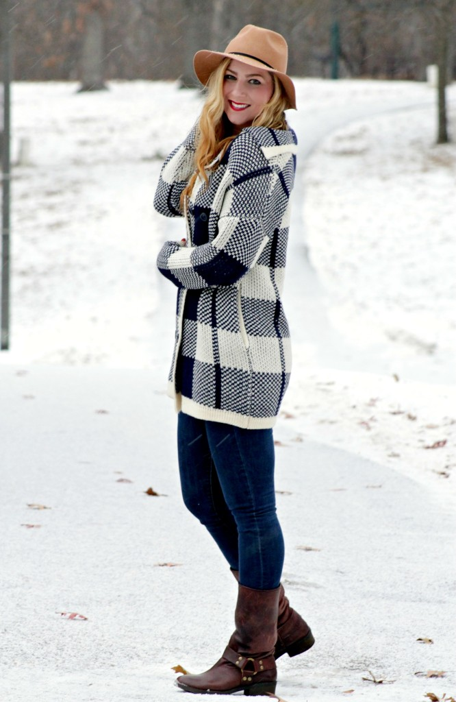 winter style felt fedora, oversized JOA sweater, Gap skinny jeans, Lucky Brand boots