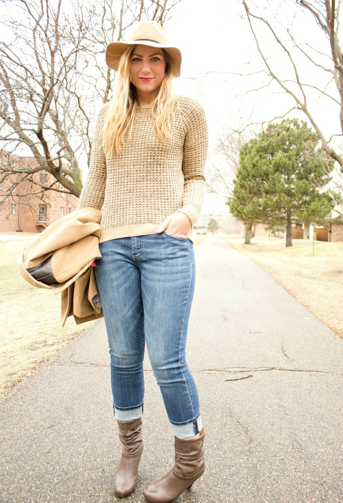 sweater + felt fedora