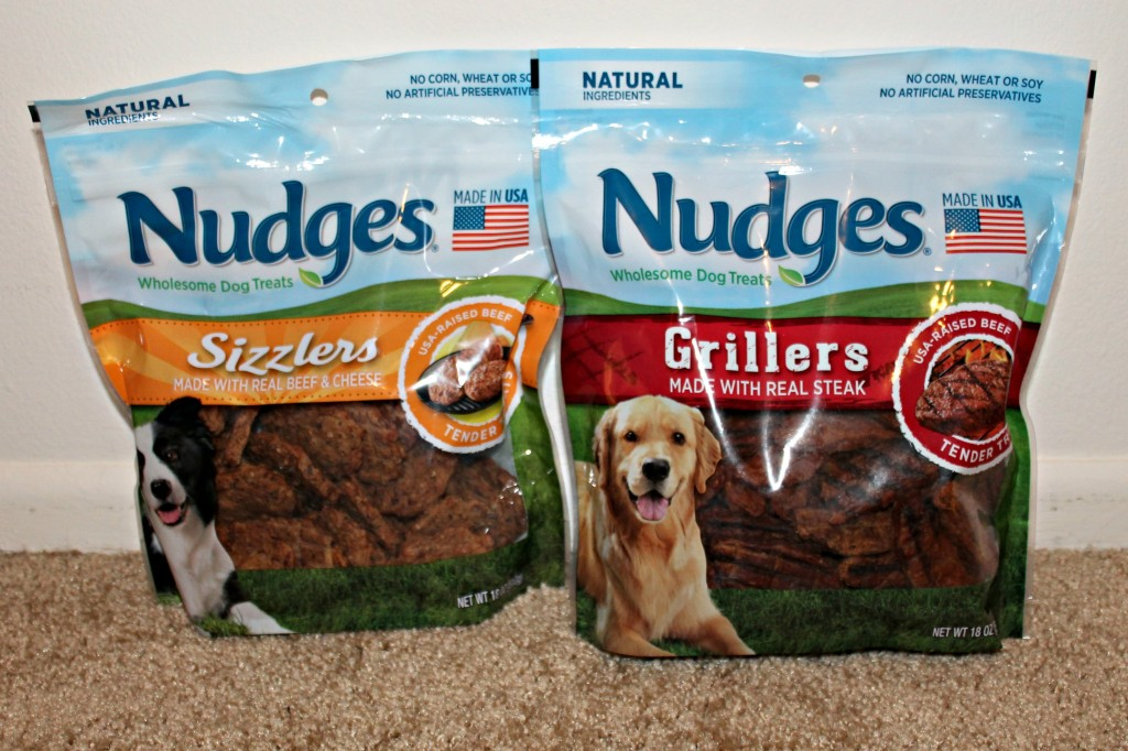 Nudges Dog Treats with Real Meat