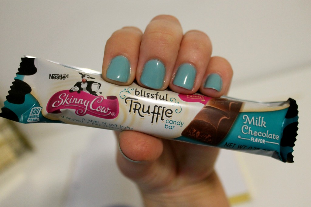 SkinnyCow blisshful truffle candy bar milk chocolate flavor