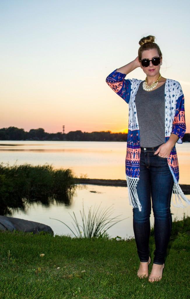 fringe kimono, t-shirt, rag and bone jeans