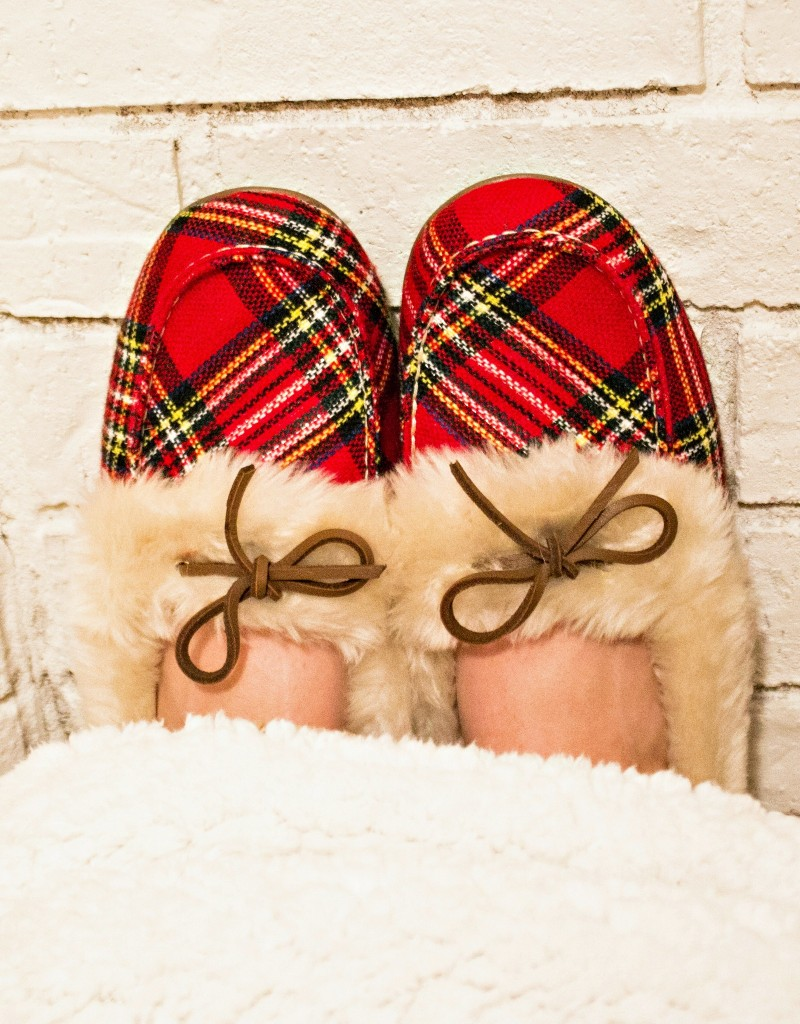 Cozy Vionic Slippers in Red Plaid