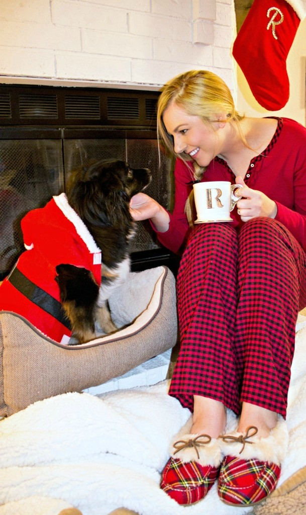 Holiday-Pajamas-Relaxing-at-Home-in-my-Vionic-with-Orthaheel-Technology-Slippers1-609x1024