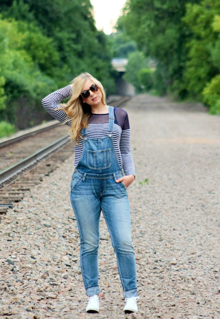 how-to-wear-overalls-1000x1449