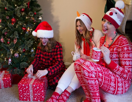 christmas-pajama-party-outfits