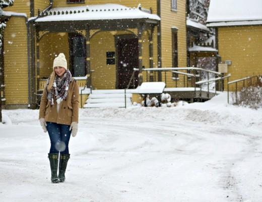 snow-apparel