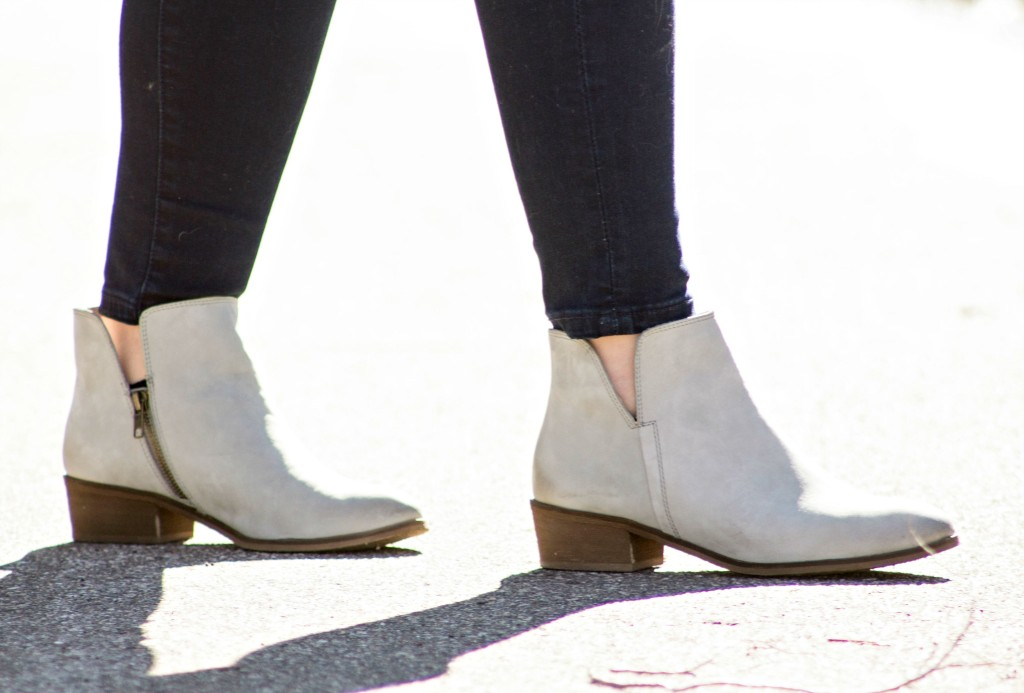 Splendid gray booties