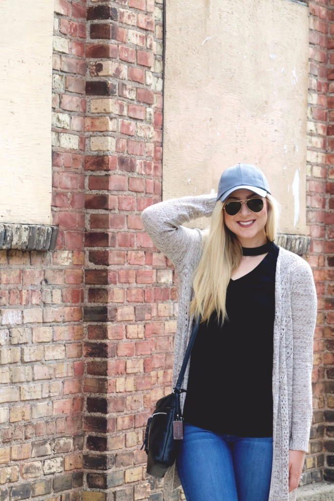 Casual Weekend Style with baseball cap